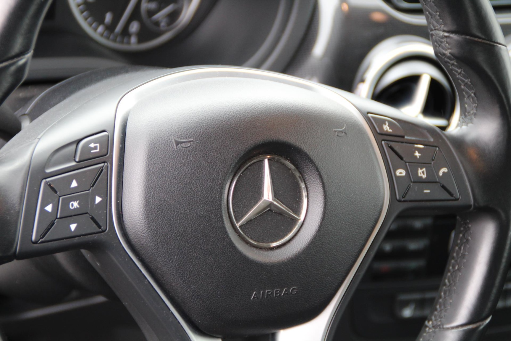 Mercedes-Benz-B-Klasse-9