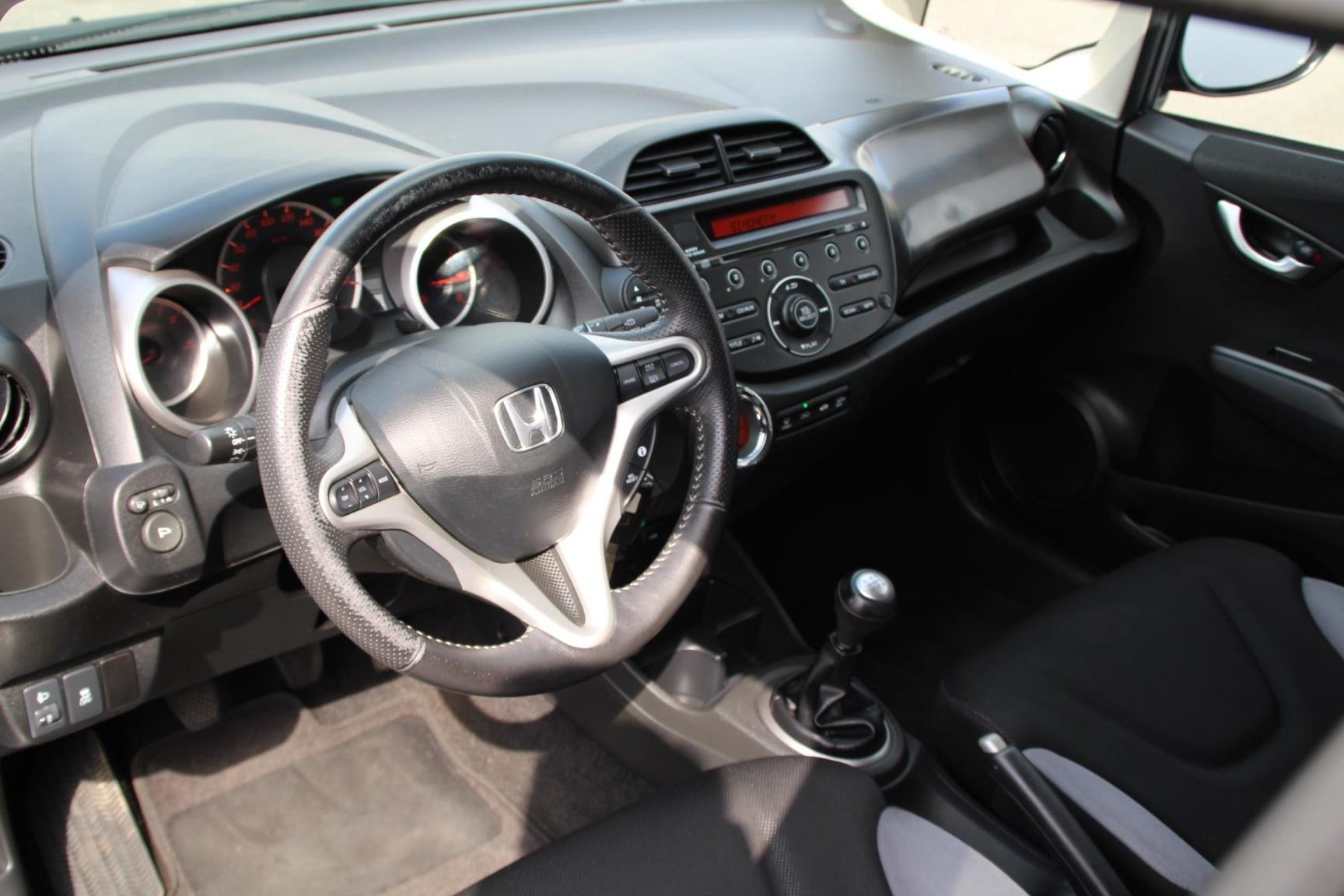Honda-Jazz-5