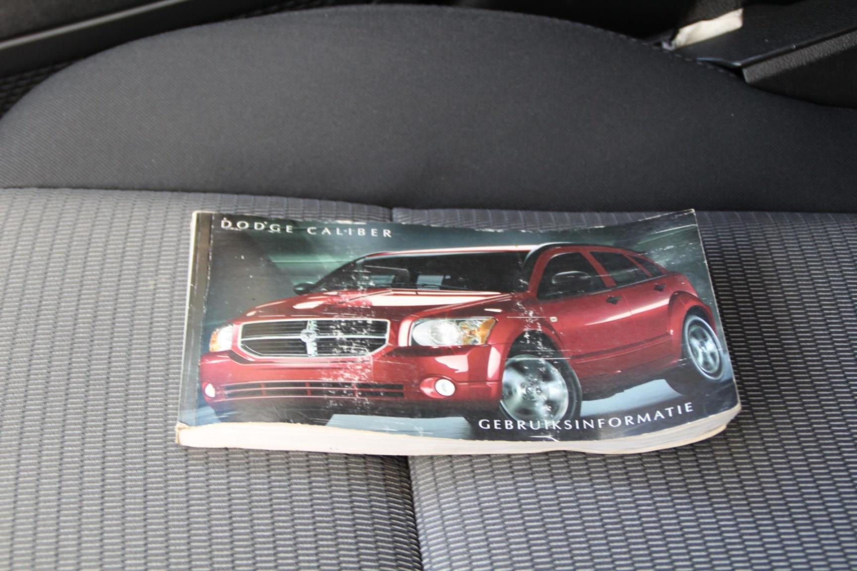 Dodge-Caliber-12