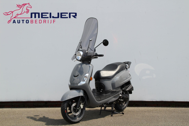 SYM-Snorscooter Fiddle II E4 | Fiddle 2 | Smoke Scherm | Nieuw | BTW SCOOTER | EURO 4 !!
