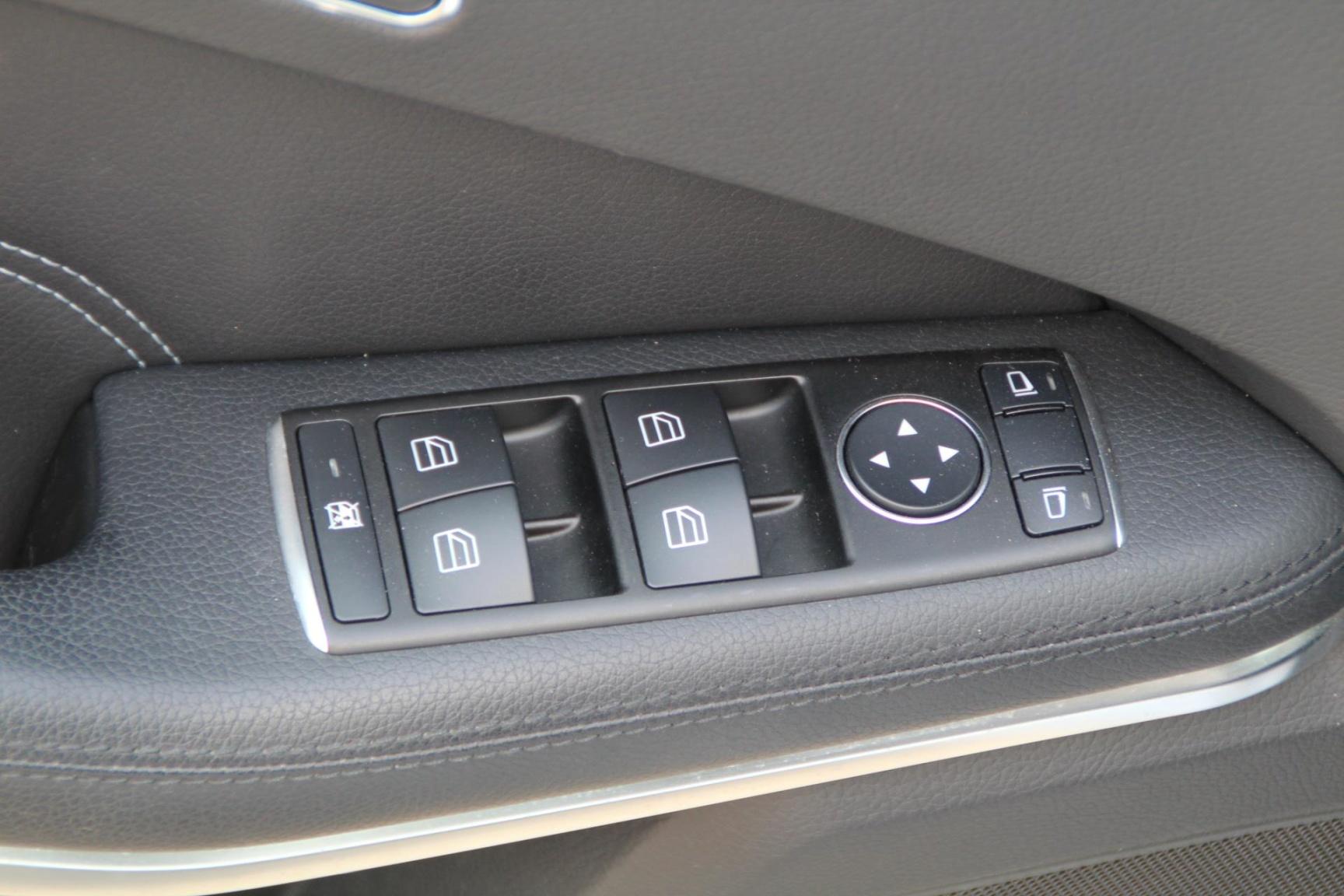 Mercedes-Benz-E-Klasse-6