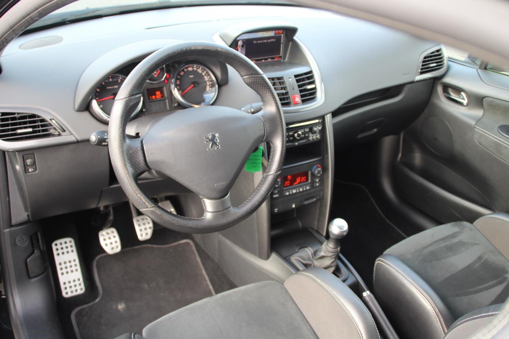 Peugeot-207-5